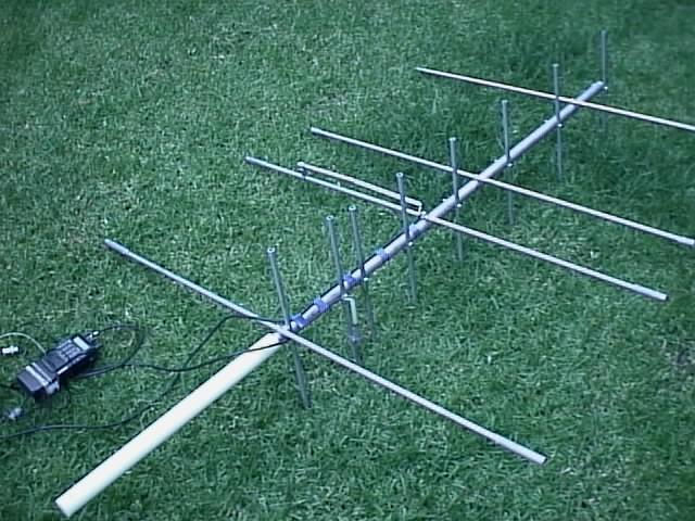 Photo of VHF-UHF Portatif YAGI Anten